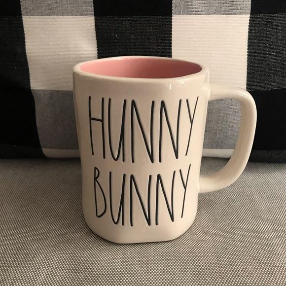 RAE DUNN • HUNNY BUNNY Mug